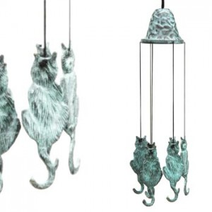 Bronze Chime Cat