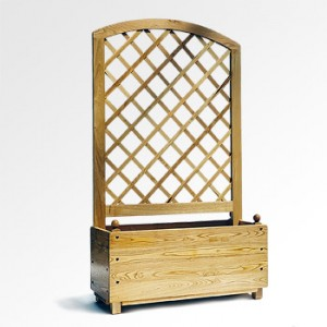 Chestnut Planter with Trellis - Rounded