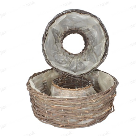 Round wicker baskets
